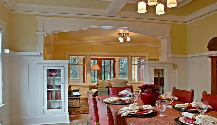 Mucci Truckess Architecture: Hilltop Craftsman - Dining Room