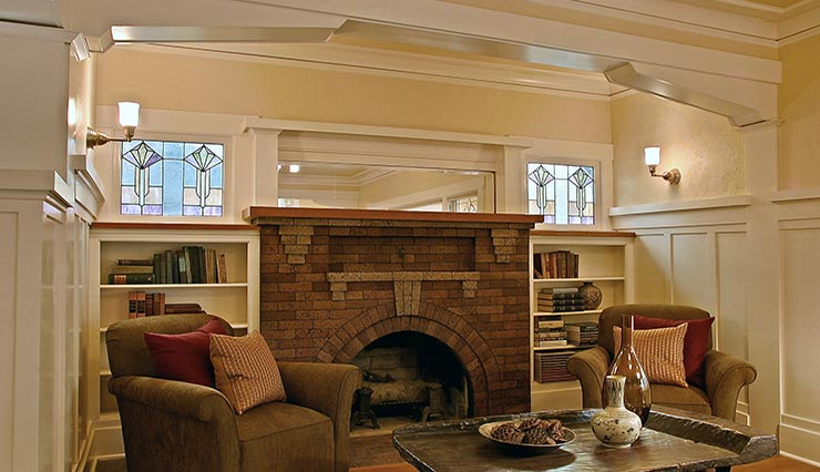 Mucci Truckess Architecture: Hilltop Craftsman - Fireplace Nook