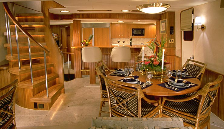 Mucci Truckess Architecture: Yachts - Princess Mary -  Dining Salon